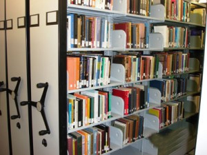 CANTILEVERED-LIBRARY-SHELVING-ON-MECHANICAL-ASSIST-MOBILE-SYSTEM